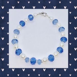 Blue Faceted and White Pearl Bracelet
